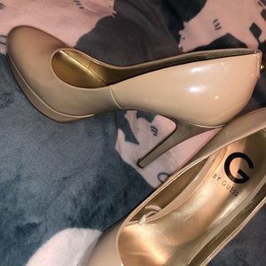 Nude guess heels size 7 1/2